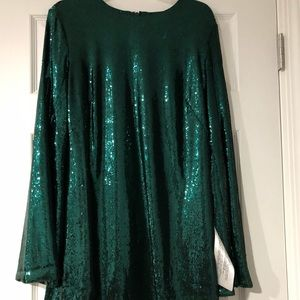 NWT Dress the Population Long Sleeve Sequin Dress